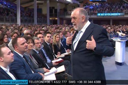 Németh Sándor meghamisítja a Bibliát, hogy szavazzanak a Fideszre