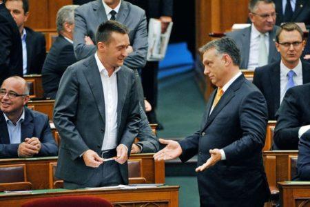 Miért cserélhetők Orbán miniszterei?