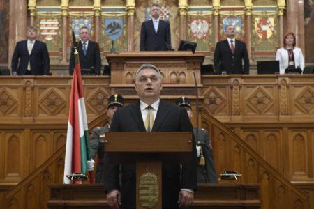 Bartus László: A diktátor beszéde