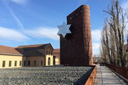 Antiszemiták és holokausztrelativizálók támogatásával Köves Slomó átlépett egy határt