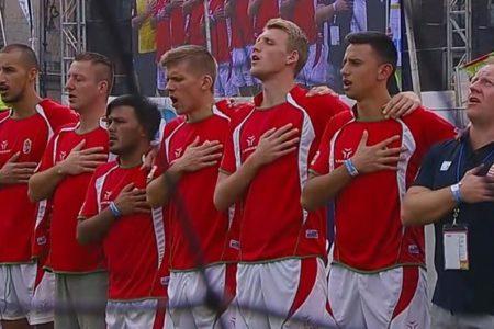 Stadiont Iványi Gábor vb-bronzérmes hajléktalan-válogatottjának!