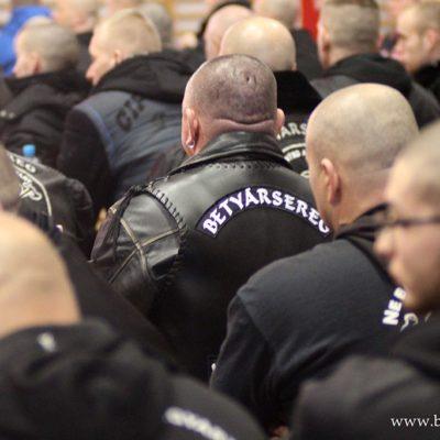 Orbán rendőrei fellépnek a Betyársereggel szemben is?