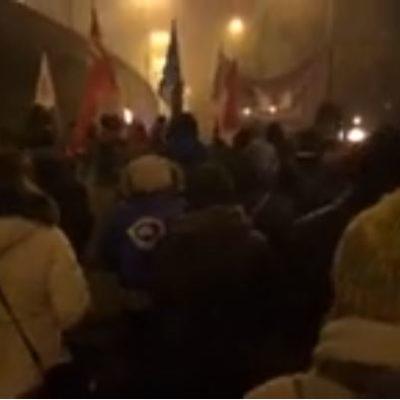 Videó: forrong a vidék, elérte a vidéki városokat a düh
