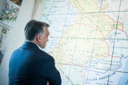 Bartus László: Orbán király bevonul a Várba