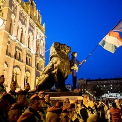 Európa sorsa is a magyar tüntetők kezében van