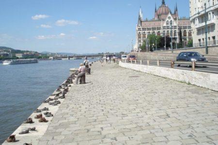 Horthy zsidó áldozatait nem szednék ki a Dunából