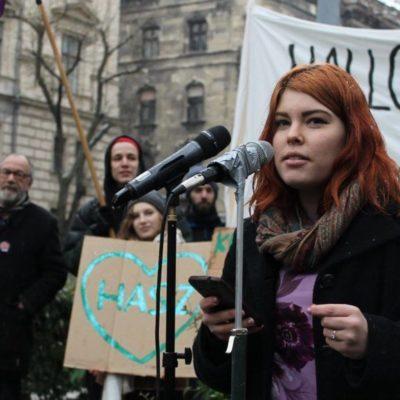 Egy gimnazista lány megrengette Orbán hatalmát