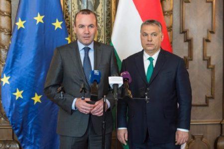 Bartus László: A németek tartják a magyarok nyakán Orbánt