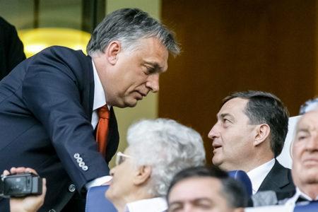 Adománygyűjtést szervezünk Orbán Viktornak