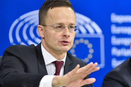 Magyarország egy troll az Európai Unióban