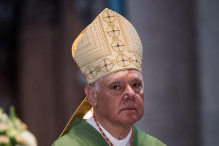 A katolikus egyházat súlyosan megzavarta a kereszténység