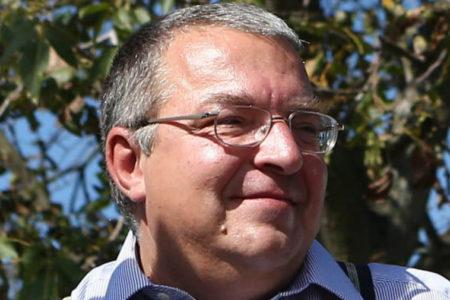 O1G ugrál még egyet Simicska politikai hulláján