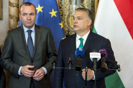 Orbán inkább kilép a Néppártból, de amerikai diplomás képzést nem enged a CEU-nak