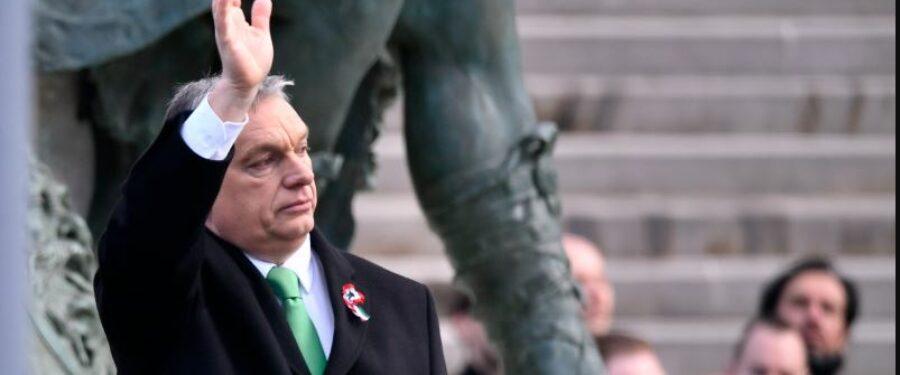 Bartus László: Ha most nem rúgják ki Orbánt, befogadták a fasizmust