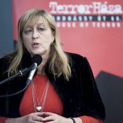 Schmidt Mária áll mögötte: tananyag lesz, hogy a szövetségesek felelnek a holokausztért