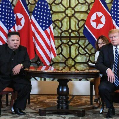 """Trump csak bevándorló gyilkosokat lát, de a koreai tömeggyilkos a """"barátja"""""""