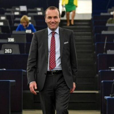 Weber lehetetlen feltételeket támasztott Orbánnak a maradásra