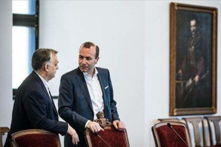 """Ha nem """"hasznos idióták"""" Orbán ellenfelei, akkor igazuk van"""
