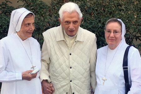 XVI. Benedek szerint nem a pedofil papok tehetnek a pedofíliáról