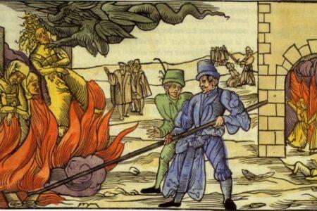 Semjén szerint azért égett le a Notre Dame, mert nincs francia inkvizíció