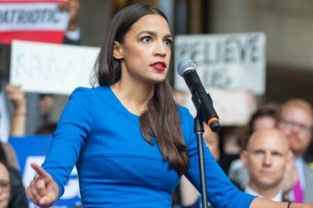 A nőkhöz fordulnak a szavazók, nők menthetik meg a világot