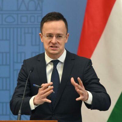 Szijjártó Budapestről mondaná meg, ki hogyan éljen Európában