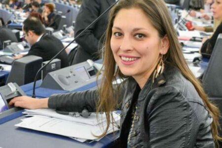 Miért nem lehet Járóka Líviára szavazni?