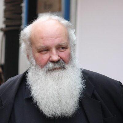 A Népszabadság, a CEU, az MTA után Iványi Gábor sem tabu