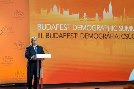 Orbán demográfiai harca fasiszta program