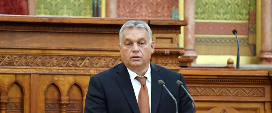 """Bartus László: Orbán, a """"keresztény"""""""