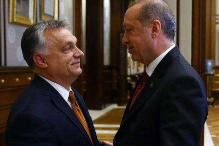 Orbán egy potenciális népirtás mellé állt