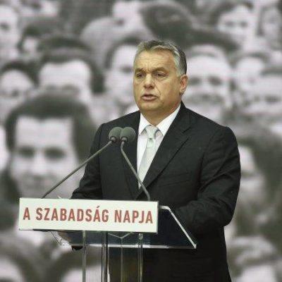 Orbán nem mer Budapesten beszédet mondani
