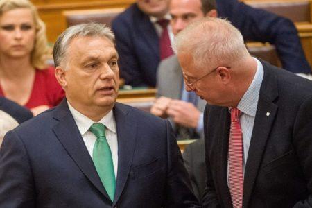 Orbán mennyivel jobb, mint Trócsányi?