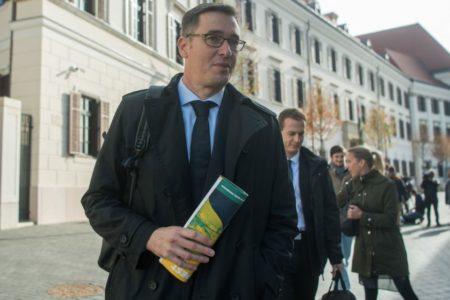 Budapesten az ellenzék építi az Orbán-rendszert