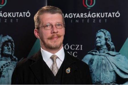 A Magyarságkutató Intézet legnagyobb tudományos sikere, hogy Pápán már nincs Szabó Ervin utca