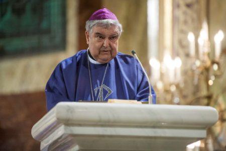 A gyulafehérvári apostoli kormányzó elítéli a gyergyói kirekesztést