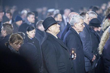 Egy történelemhamisító náci is volt az auschwitz-i megemlékezésen