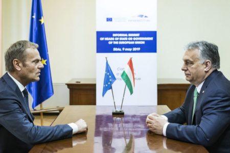 Reméljük, Orbán megsértődik, és kilép, ha fenntartják a felfüggesztést a Néppártban