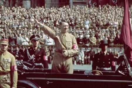 Hitlernek a Reichstag felgyújtása, Orbánnak a vírus az ürügy a nyílt diktatúra bevezetésére