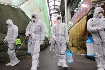 Egyesekre veszélyes a koronavírus, de a pánikkeltés mindenkire veszélyes