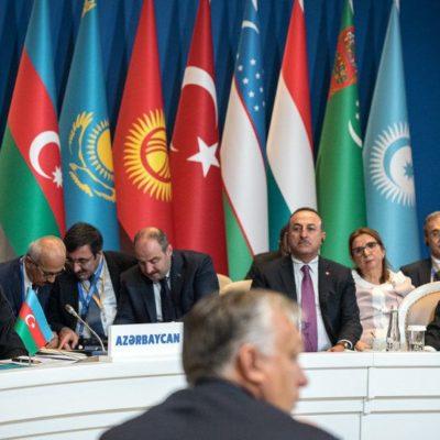 Orbán letagadta az Unió 2000 milliárdos segítségét és a Türk Tanácsot éltette