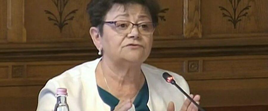 Müller Cecília szerint szelídül a vírus, mert Orbán megmondta