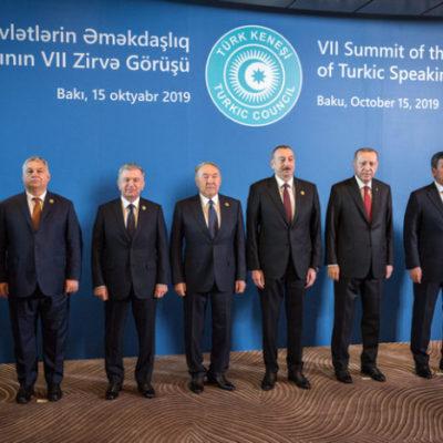 Orbánnak az Európai Unióból a Türk Unióba kéne távozni