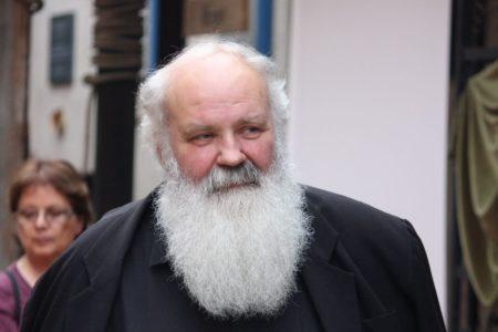 Iványi Gábor előszava Bartus László Fesz lesz című könyvéhez