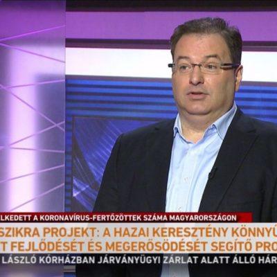 """A Szikra Projekt az Orbán-rezsim """"trójai falova"""" a független kisegyházak között"""