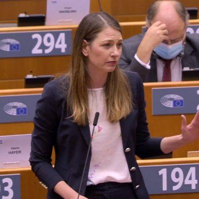 Hazaárulás az lenne, ha az EP-képviselők nem tárnák fel a magyar diktatúrát