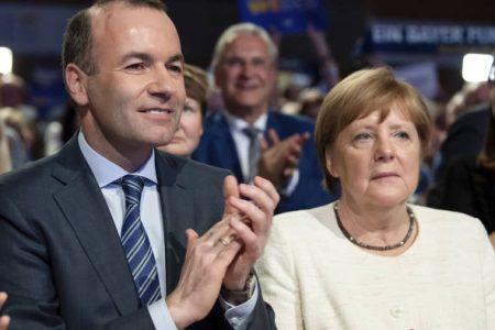 """Manfred Weber most is mellébeszél: a jogállamiság elutasítása nem """"nemzeti érdek"""", hanem a fasiszta diktatúra érdeke"""