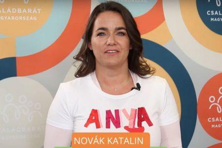 Novák Katalin hazug képmutatása Szájer ereszével vetekszik
