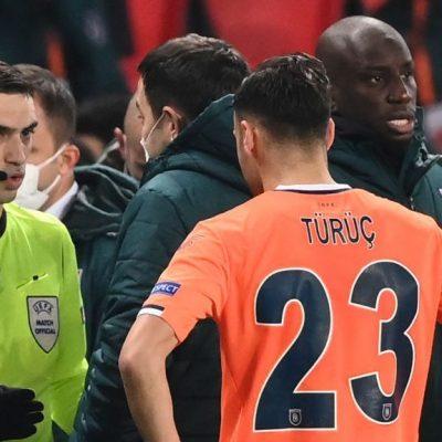 """A kelet-európai bunkóság miatt szakadt félbe a PSG meccse, a románok sem tudják, hogy a """"niggerezés"""" rasszista sértés"""