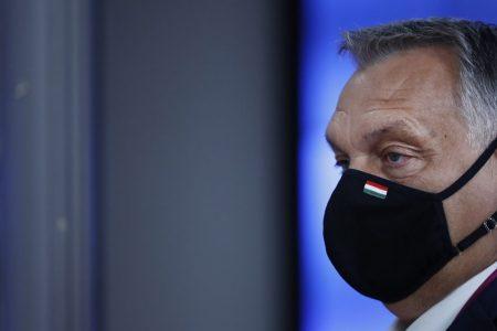 """Rekordszámú halottal """"fékezte meg"""" Orbán a második hullámot, és még a statisztikát is hamisították"""